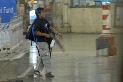 Terrorista a Mumbai, Sebastian D'Souza